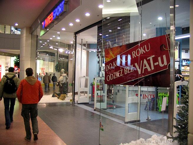 7e1ab1ef3065f8 InterSport sklep sportowy w Arkadii - do końca roku odzież bez VATu ...