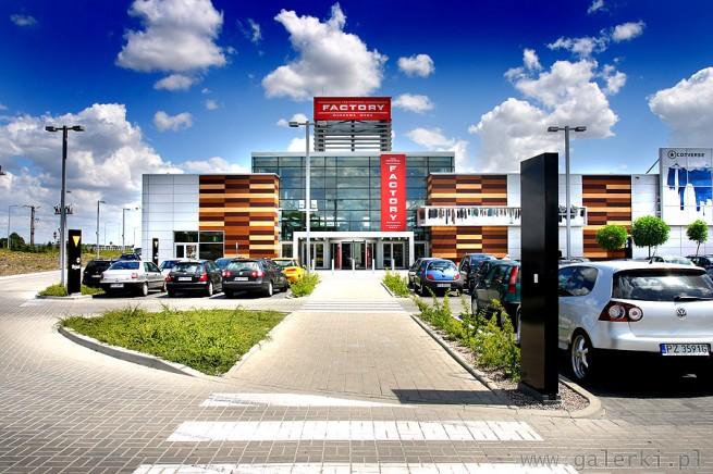 0d7f9013c6d46 Artykuł  Outlet FACTORY Poznań od 30% do 70% taniej przez cały rok. Jak  dojechać do FACTORY Poznań  Dojazd autobusem  linie LA