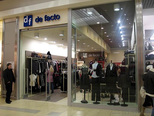 3561031da5 De Facto - firma powstała w 1995 roku