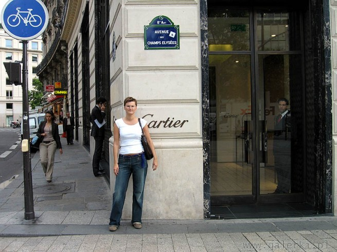 Cartier i Avenue des Champs Elysees