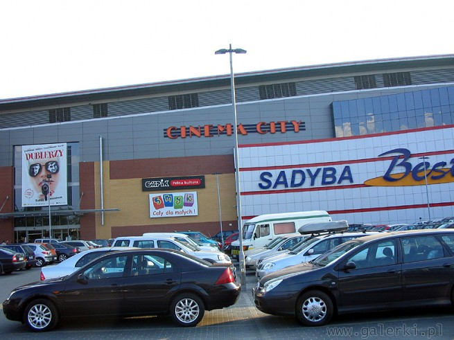 Front centrum - Empik, Smyk i Cinema City